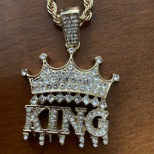 New Hip Hop King Crown Dripping Bling Pendant